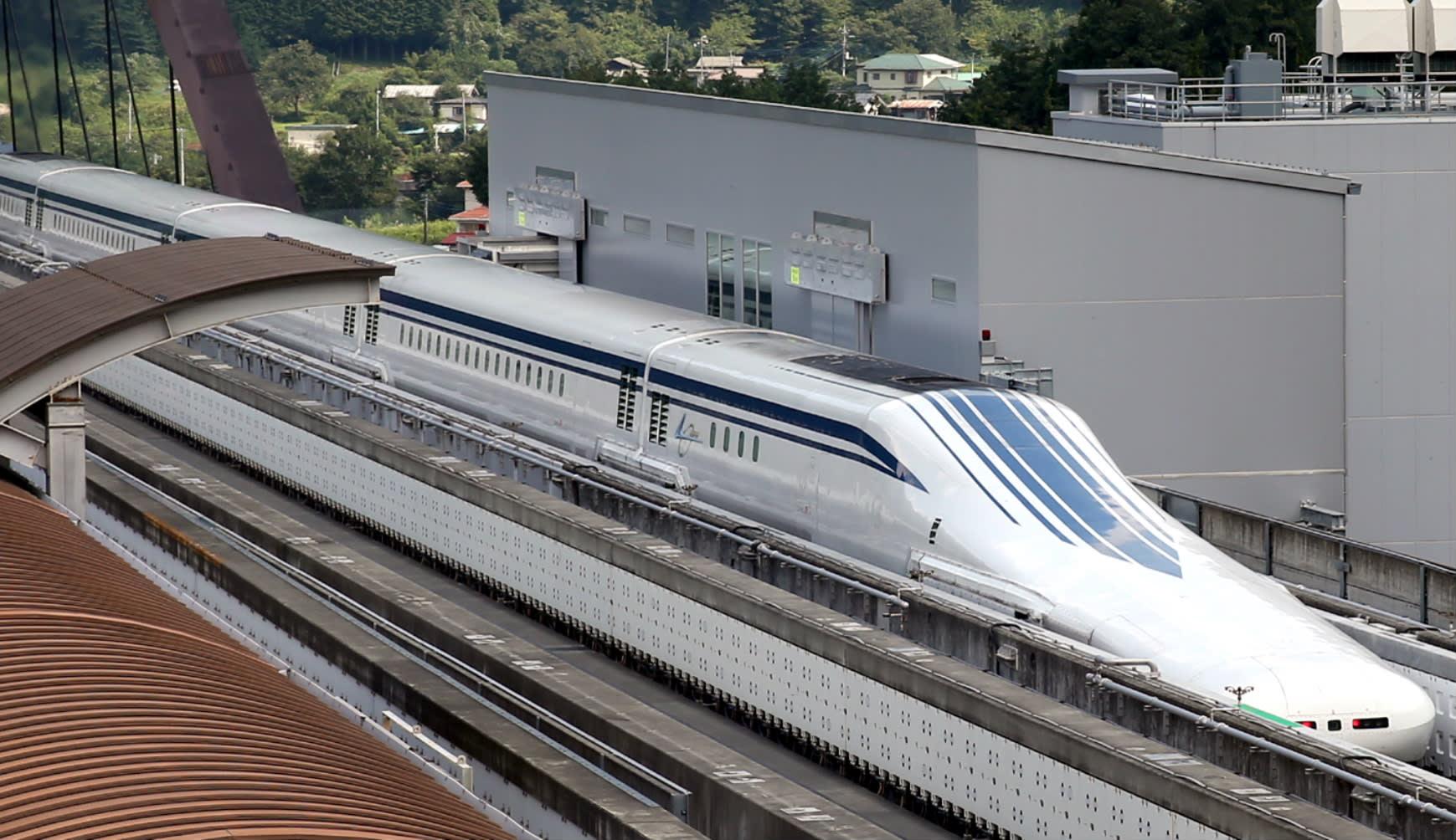 Tàu maglev (Chuo Shinkansen) của Nhật Bản có thể chạy với tốc độ tối đa lên đến 603 km/h. Ảnh: Wikimedia.