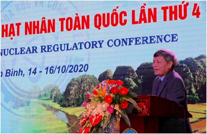 Thứ trưởng Bộ KH&CN Phạm Công Tạc phát biểu khai mạc Hội nghị