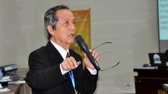 """GS Đặng Lương Mô, giải thưởng """"Vinh danh nước Việt 2004."""""""