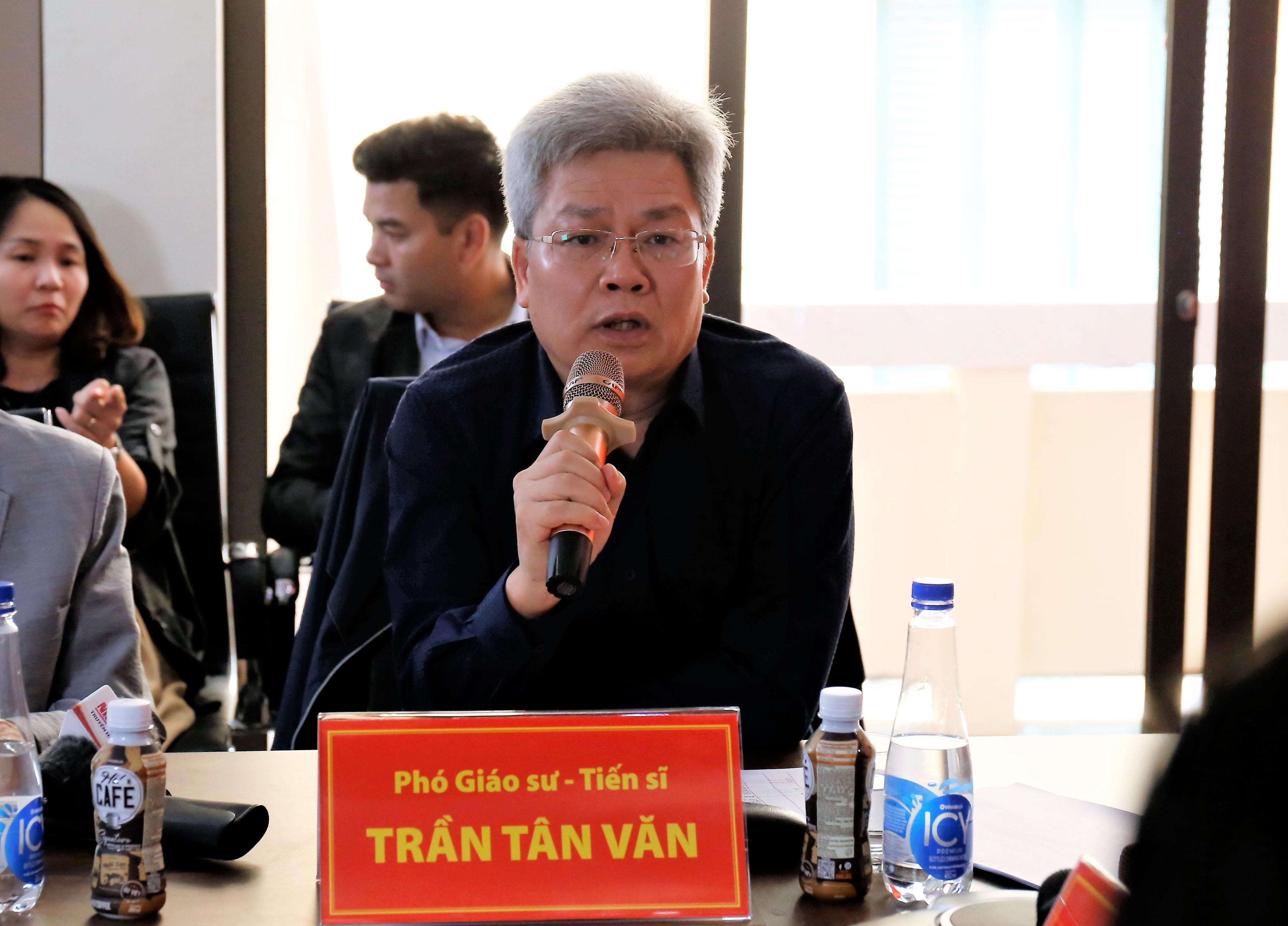 PGS.TS Trần Tân Văn. Ảnh: MH