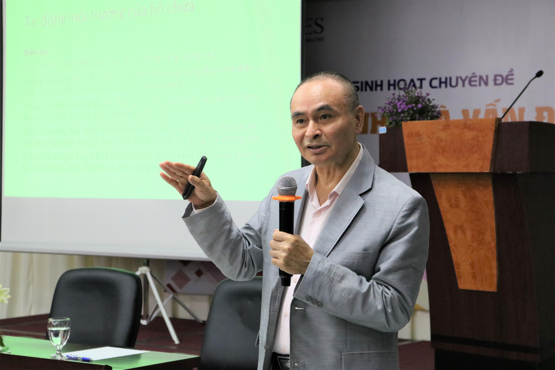 PGS.TS Vũ Thanh Ca, khoa Môi trường, Đại học Tài Nguyên và Môi trường Hà Nội. Ảnh: MH