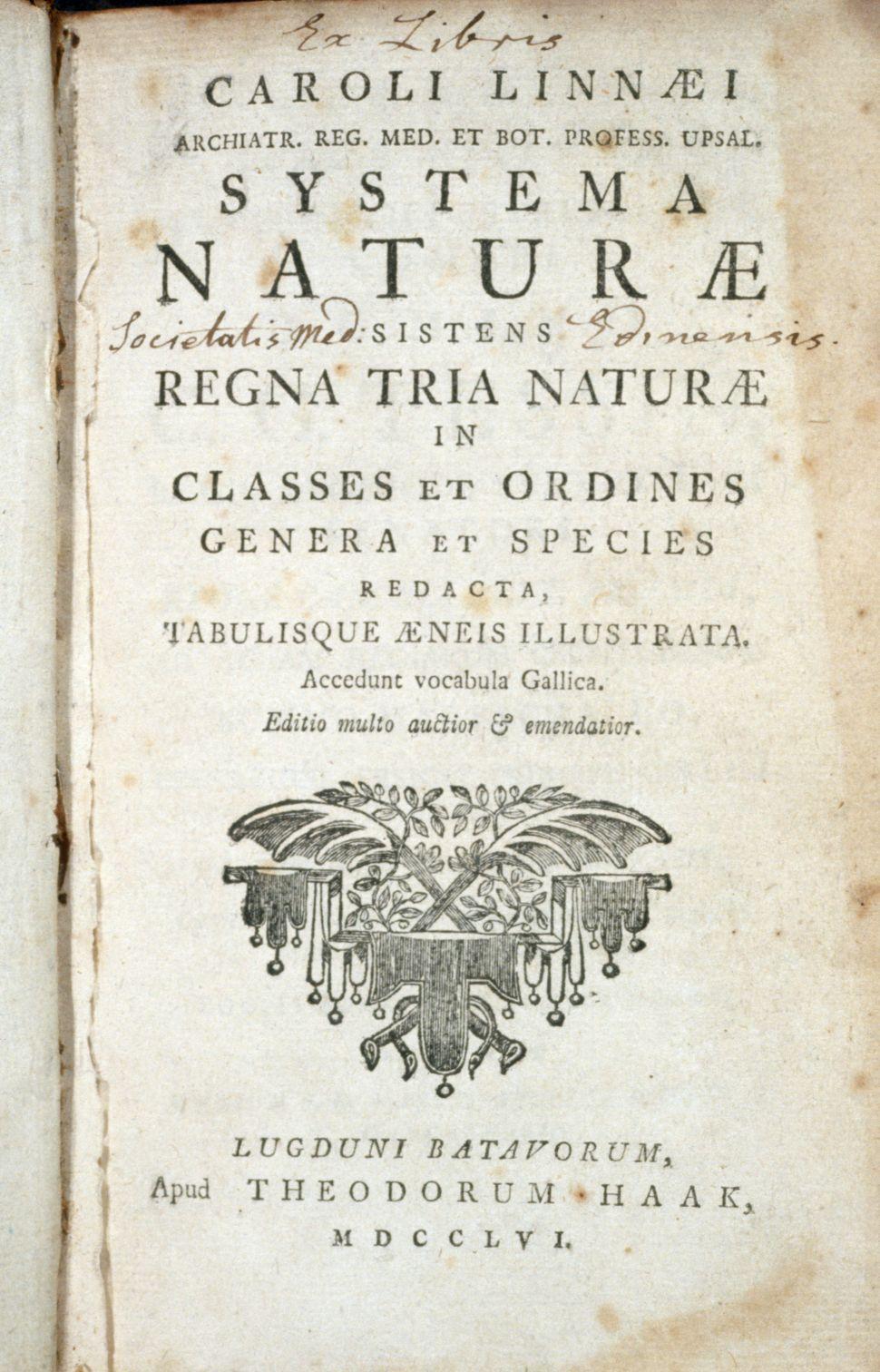 Trang bìa của tác phẩm Systema Naturae xuất bản năm 1756. Ảnh:  CORBIS.