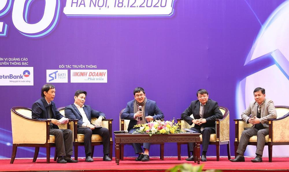 Các diễn giả tham gia tọa đàm kết nối đổi mới sáng tạo 2020   Ảnh: BTC