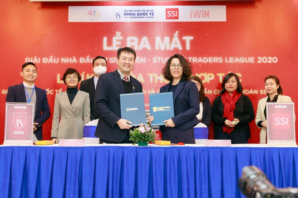 Khoa Quốc tế và công ty chứng khoán SSI ký biên bản hợp tác ngày 18/12 trong việc đào tạo nhân lực | Nguồn: BTC