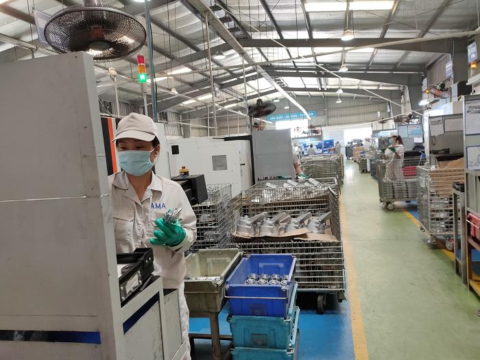 Sản xuất các chi tiết cơ khí tại nhà xưởng | Nguồn: VTCTQG