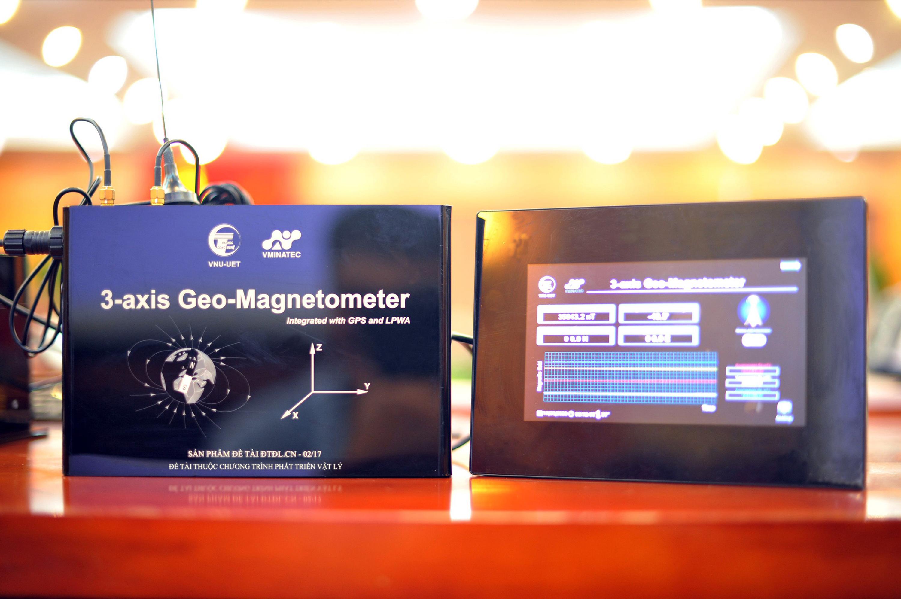 Hệ thống thiết bị đo từ trường Trái đất tích hợp kỹ thuật GPS và truyền phát không dây