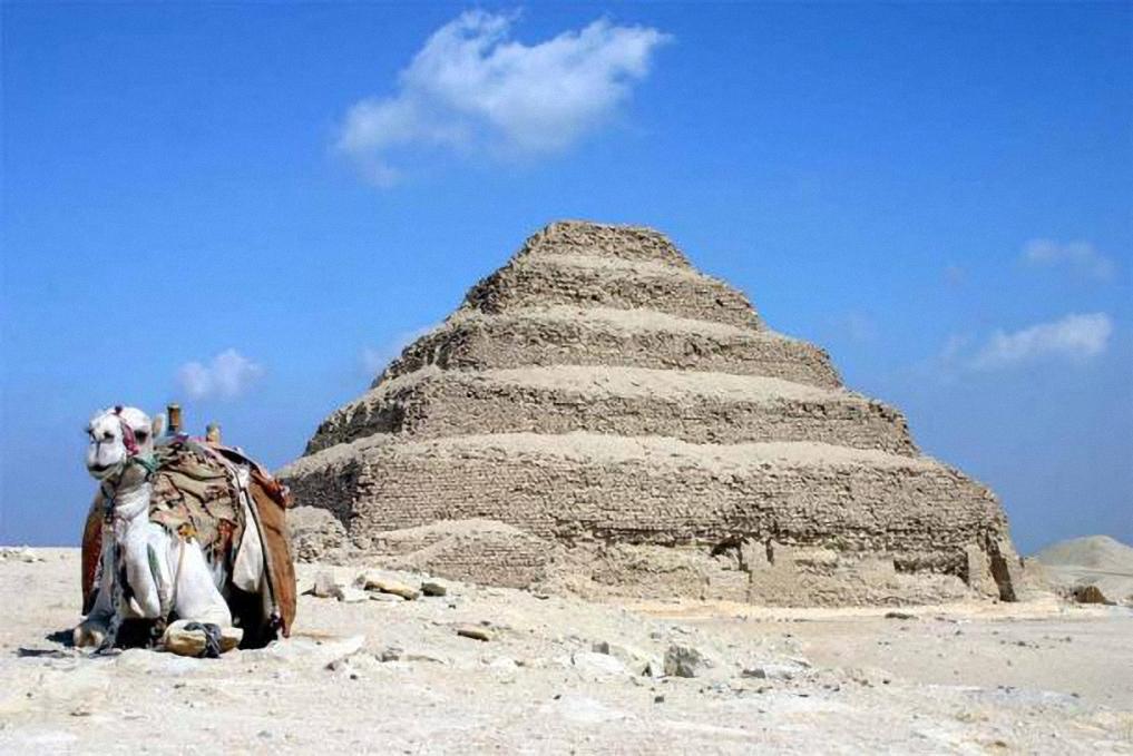 Khaemweset: Nhà Ai Cập học đầu tiên