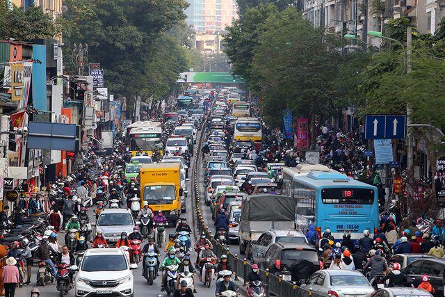 Tắc đường thường xuyên xảy ra ở Hà Nội| Ảnh: GDTĐ