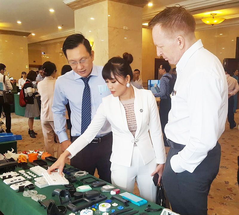 Các doanh nghiệp Việt giới thiệu sản phẩm