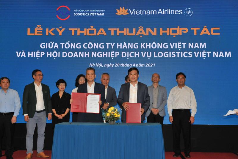 Lễ ký thỏa thuận hợp tác giữa Tổng Công ty hàng không và Hiệp