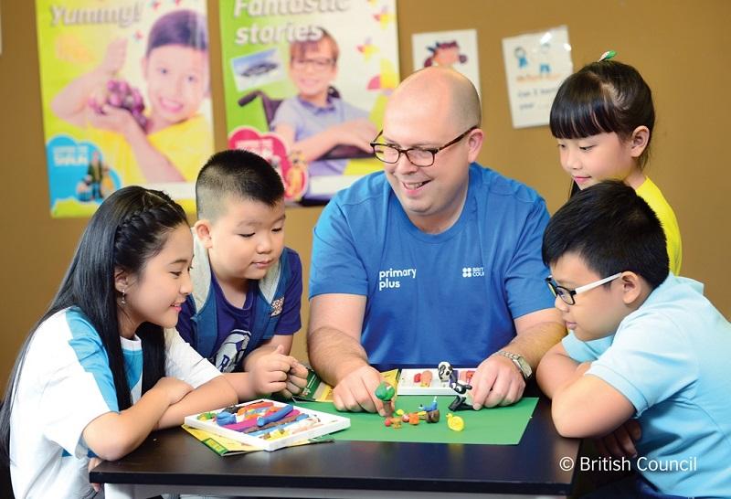 Ba sáng kiến dạy và học tiếng Anh ứng dụng kỹ thuật số nhận tài trợ 90.000 bảng