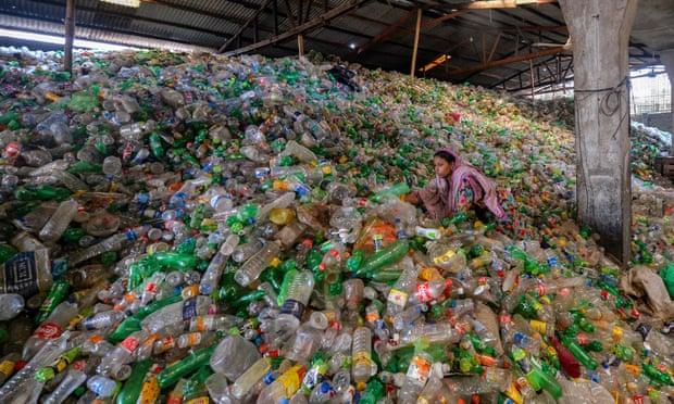Biến chai nhựa đã qua sử dụng thành hương liệu vani