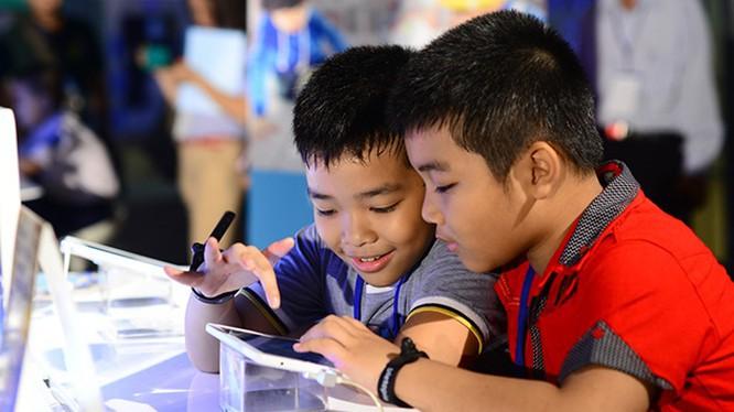 Việc chơi game phù hợp có thể mang lại nhiều lợi ích cho trẻ em. Nguồn: viettimes