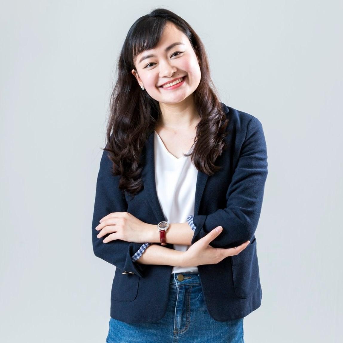 Bà Hoàng Thị Kim Dung
