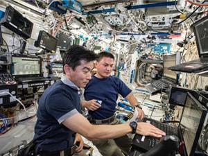 Lọc nước tiểu để uống trên trạm ISS