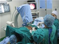 Mổ nội soi chữa thoát vị đĩa đệm cột sống thắt lưng