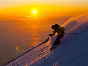 Ngắm mặt trời lúc nửa đêm ở Bắc Cực