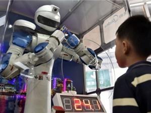 Xuất hiện robot... viết báo siêu đẳng hơn phóng viên