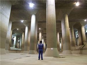 """Hệ thống thoát nước ngầm """"siêu khủng"""" chứa được cả... tàu con thoi"""