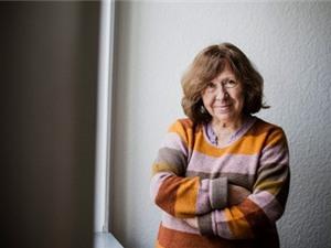 Nhà báo Belarus đoạt Nobel Văn chương 2015