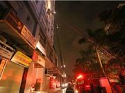 Cháy tầng hầm chung cư, nhiều người mắc kẹt
