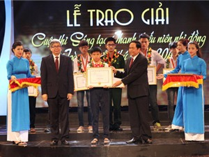 106 tác giả được nhận giải thưởng Sáng tạo thanh thiếu niên nhi đồng toàn quốc