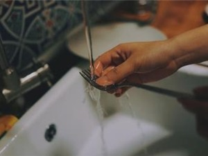 Lợi ích tuyệt vời ít biết của việc tập trung rửa bát