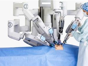 Robot phẫu thuật ung thư đại trực tràng