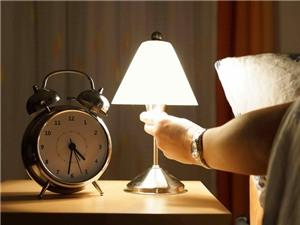 Tăng cân vì để đèn ngủ