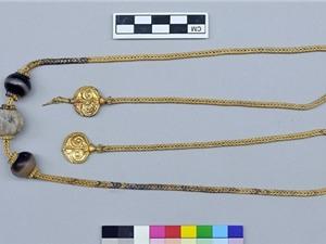 Phát hiện kho báu trong mộ chiến binh niên đại 3.500 năm ở Hy Lạp