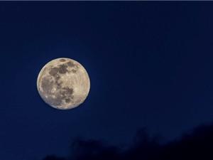 Mặt trăng và những khám phá bất ngờ, thú vị