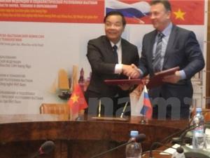 Nga dành cho Việt Nam 1.000 suất học bổng hợp tác khoa học-kỹ thuật