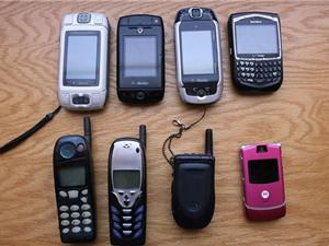 Cấm nhập khẩu laptop, điện thoại di động, loa thùng cũ