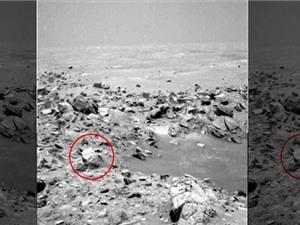 """'Gương mặt người"""" bí ẩn trên sao Hỏa"""