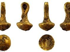 Tìm thấy mặt dây chuyền vàng 6.600 năm tuổi