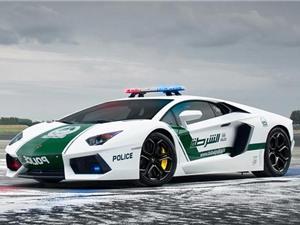 """""""Điểm danh"""" 10 siêu xe đắt giá nhất của cảnh sát Dubai"""