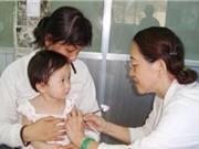 Những trẻ nào không nên tiêm vắc xin