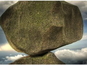 """4 """"tảng đá"""" Startup Việt muốn thành công buộc phải vượt qua"""