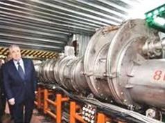 Nhà khoa học Việt Nam là tác giả phản hạt sigma-âm