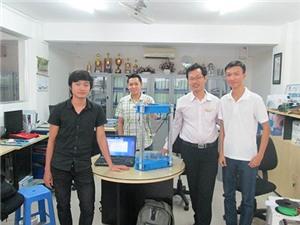 """Sinh viên ĐH Hutech chế máy in 3D """"Made in Viet Nam"""""""