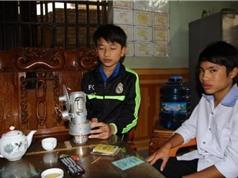 Học sinh lớp 10 chế máy phát điện bằng năng lượng mặt trời