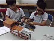 Hai học sinh chế tạo thiết bị ghi nhận nguồn bức xạ hạt nhân