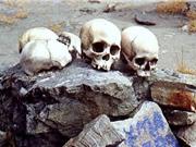 Khám phá hồ xương người trên đỉnh Himalaya