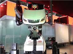 Clip siêu xe biến hình như trong phim Transformers