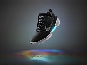 Nike ra mắt giày tự buộc dây thế hệ mới