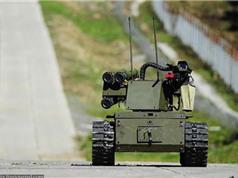 Nga phát triển 20 robot phục vụ chiến đấu, thám hiểm vũ trụ