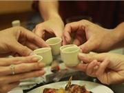"""Người Việt có nguy cơ mắc 7 loại ung thư vì... """"nhậu"""" nhiều"""