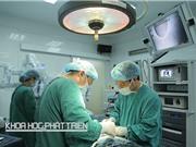 """Sơ sẩy khi xuất ngoại chữa ung thư: Bác sỹ ta """"chữa cháy"""" cho bác sỹ tây"""
