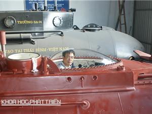 Gỡ khó để tàu ngầm mini  ra biển lớn