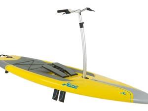 Xuồng kayak được trang bị bàn đạp độc đáo